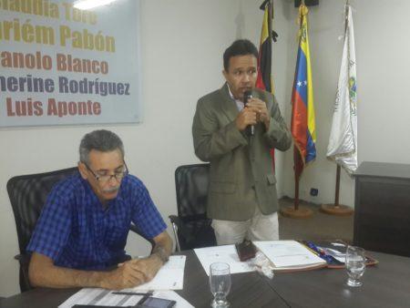 Concejales investigarán aumentos inconsultos en colegios privados de Carrizal
