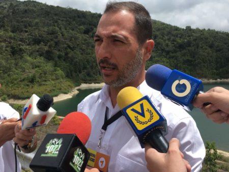 """Rafael Del Rosario, concejal de Chacao: """"Hidrocapital admite que no suministra agua a más de 12 millones de venezolanos"""""""