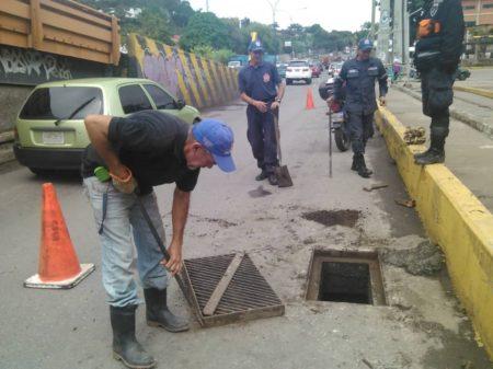 Alcaldía de Los Salias mantiene monitoreo constante de vía colapsada en El Cují