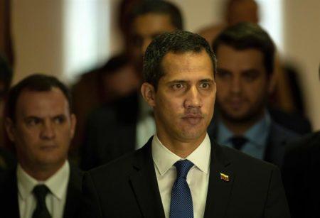 """Guaidó afirma que """"no se puede vivir en paz"""" cuando """"masacran"""" a un pueblo"""