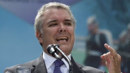 Duque dice que el dilema en Venezuela es entre la dictadura y la democracia