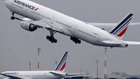 Air France anula temporalmente sus vuelos entre París y Caracas