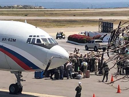 Aeronaves militares rusas aterrizan en el principal aeropuerto venezolano