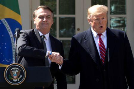 """Venezuela dice que Trump y Bolsonaro hacen """"apología de la guerra"""""""