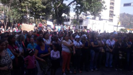 Protesta en la plaza Bolívar