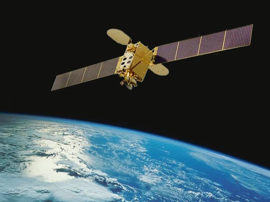 Ver fotos del satelite simon bolivar 25
