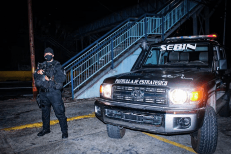 Intensifican la presencia policial en Carrizal para combatir el COVID-19