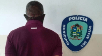 El sujeto acusado de hurtar partes y piezas de vehículos en OPS CORTESIA / POLISALIAS
