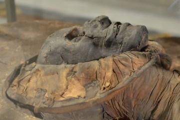 mummia-sezione-egizia-napoli