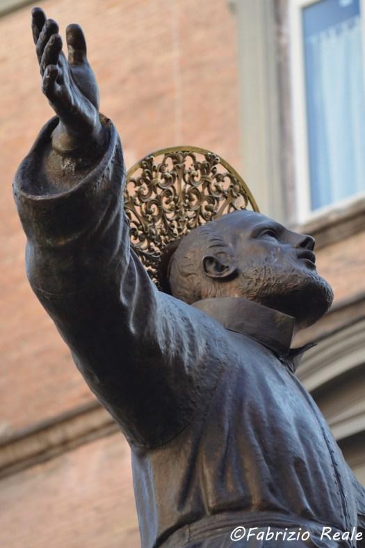 statua di san gaetano restaurata1