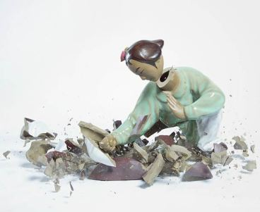 explosive-porcelain-figures-martin-klimas-07
