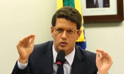Ricardo Salles pede demissão do governo