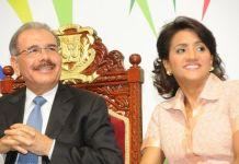 Presidente y Primera Dama felicitan a los padres