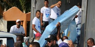 Empleados de la SIB realizan jornada de solidaridad en San Cristóbal