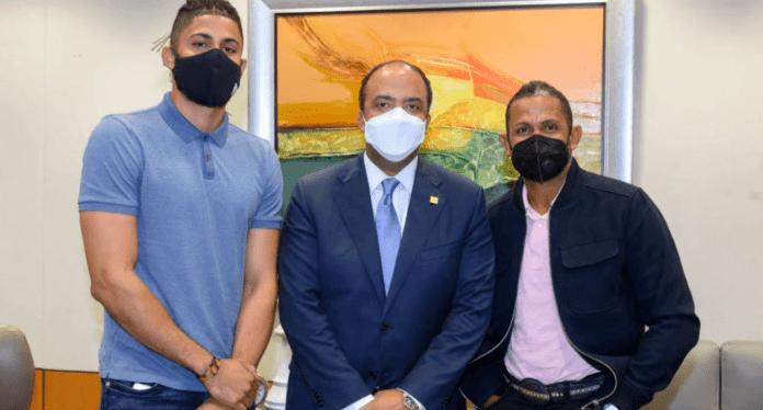 ernando Tatis junior, Samuel Pereyra y Fernando Tatis padre.