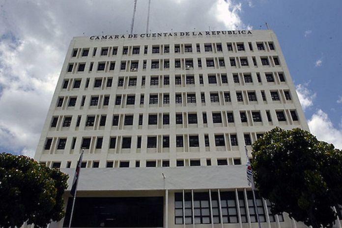 Abren investigación a miembros Cámara de Cuentas por