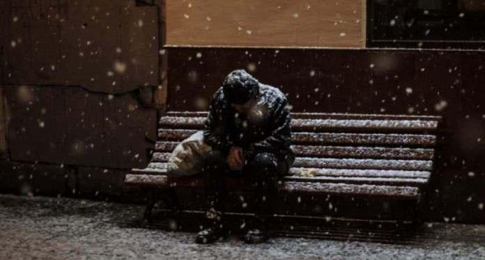 Encuentran hombre congelado en avenida del Alto Manhattan; presuntamente es hispano. Fuente externa.