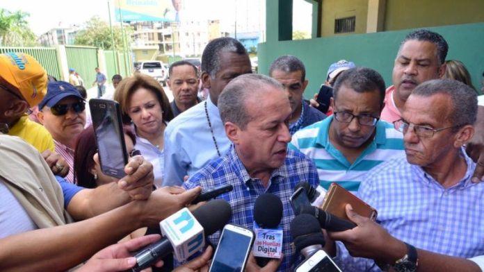 Reinaldo Pared Pérez pide que lo dejen fuera del Comité Político del PLD. FUENTE EXTERNA.
