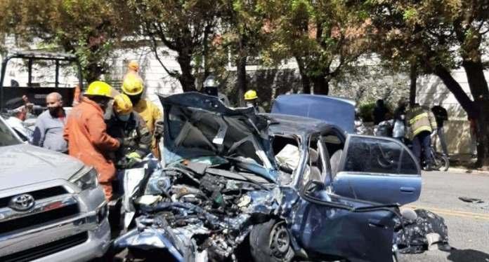 DIGESETT informa todavía está investigando sobre accidente de la avenida Anacaona