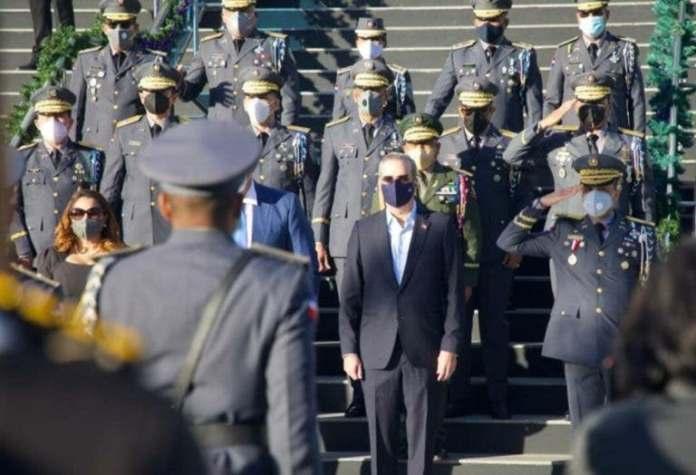 Abinader pone en retiro a 350 oficiales de la Policía Nacional. FUENTE EXTERNA