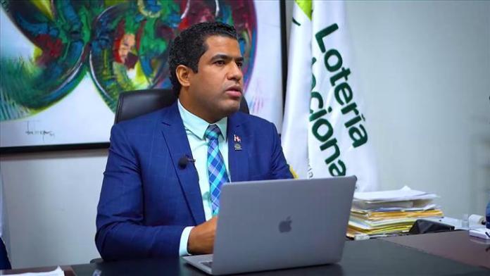 Abinader suspende por 60 días administrador Lotería Nacional; nombra interino a Quico Tabar