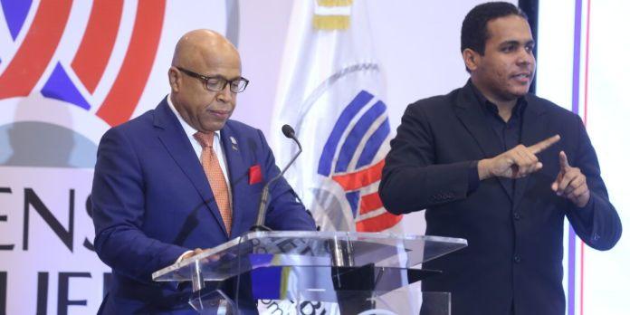 Alfredo Pacheco define rol de partidos políticos con la gobernabilidad