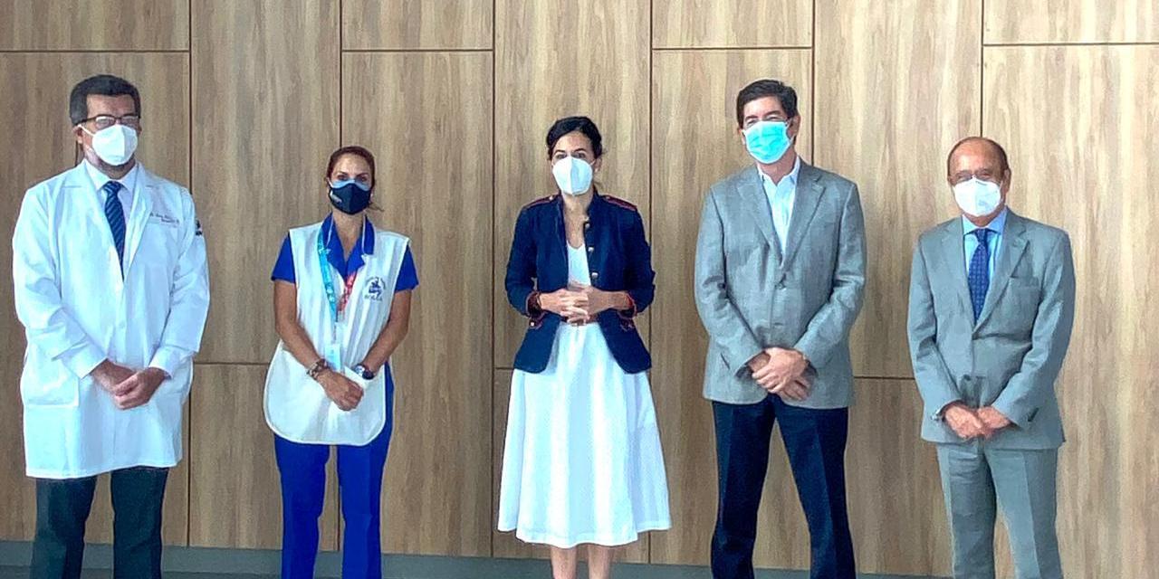 El personal médico especializado en atender las enfermedades catastróficas en SOLCA será incluido en la Fase 0 de vacunación COVID-19