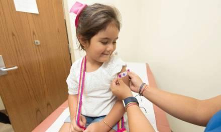 Ecuador inicia campaña masiva de vacunación contra la influenza