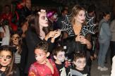grandes-y-pequenos-participaron-en-la-fiesta-halloween-en-la-herradura-16
