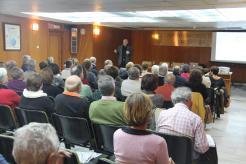 profesor-perez-gomez-durante-la-conferencia-16