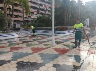 LIMPIEZA Y BALDEO PASEOS PUERTA DEL MAR ALTILLO Y CALE (8)