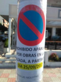 SEÑALIZACION TRAFICO ZONA POR OBRAS EN VIAL PLAYA LA HERRADURA 17 V