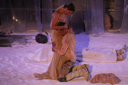 Toni Cantó y Ruth Díaz en la obra Aquiles, el hombre en Almuñécar 17