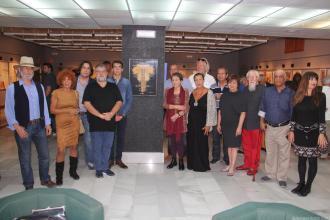 ARTISTAS PARTICIPANTES EN EL ENCUENTRO JUNTO A LA VIUDA DE ROWLAND Y CONCEJALA DE CULTURA ALMUÑÉCAR 17