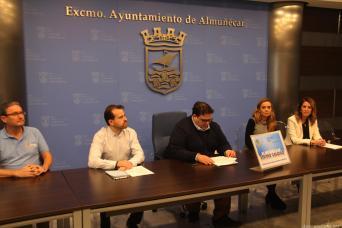 CONCEJAL TURISMO Y COMERCIO RAFAEL CABALLERO ABRIO LA JORNADA CON LA BIENVENIDA 17