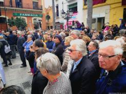 Espectación por ver El Paso en plaza Constitución Almuñécar 18 (3)