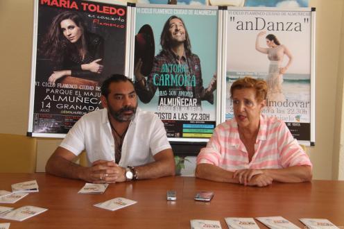 OLGA RUANO Y PEPE LUIS CARMONA PRESENTAN VI CICLO FLAMENCO CIUDAD ALMUÑECAR 18