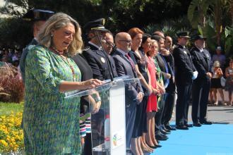 ALCALDESA ALMUÑECAR DURANTE EL DIRCURSO HOMENAJE A BANDERA Y GUARDIA CIVIL 18