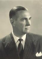 El otorrinonaringólogo Isidoro Leirana - presidente de la liga sanducera de fútbol - fue el primer dirigente que se animó a decir: ¡Basta,con la AUF!. Y emprendió lo que sería el Congreso inaugural de OFI, en julio del año 1946.
