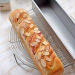 4月パン教室「いちごツイストスリム食パン」