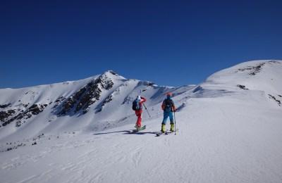 BACKCOUNTRY SNOWBOARDING IN MONTENEGRO