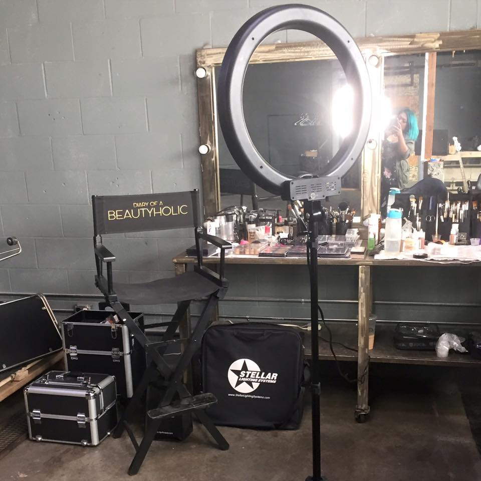 personalized makeup artist chair humanscale freedom