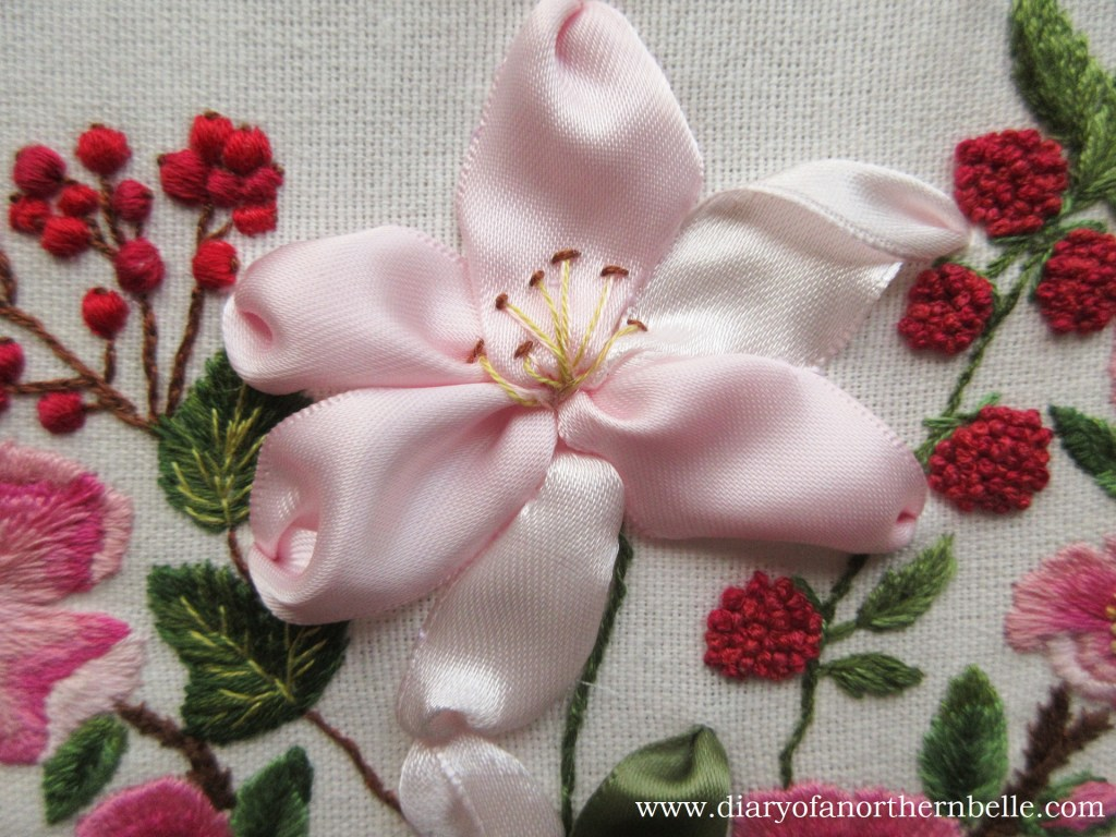 complete ribbon lily flower