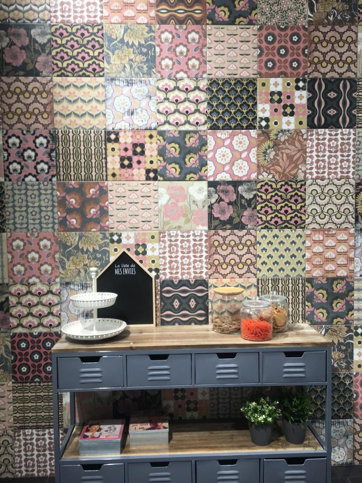 Ike Summer from Codicer 70s retro tile trend 2020