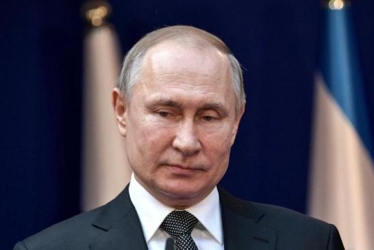 Le référendum constitutionnel russe qui permettrait notamment à Poutine d'effectuer deux mandats supplémentaires fixé au 1er juillet