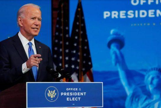 États-Unis: les grands électeurs confirment la victoire de Biden, Trump parle encore de fraudes