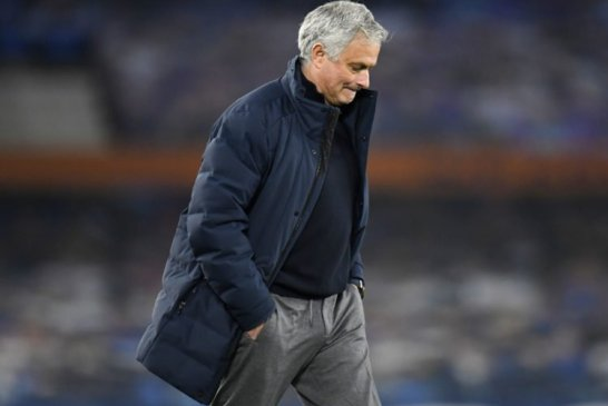 Tottenham : José Mourinho renvoyé !