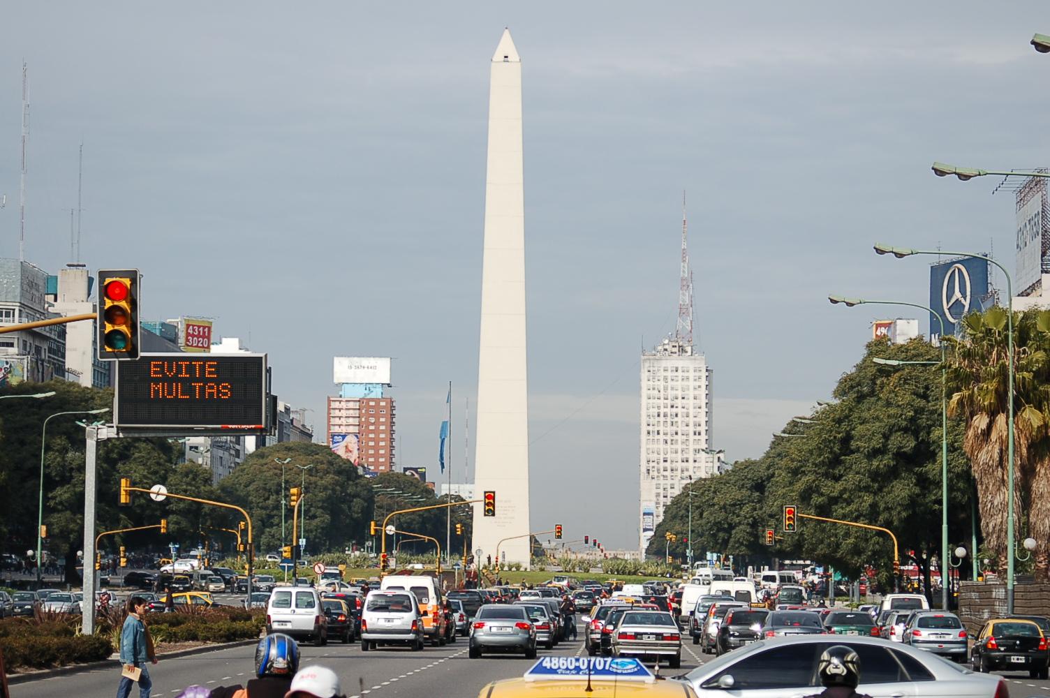 Obelisco - evite multas