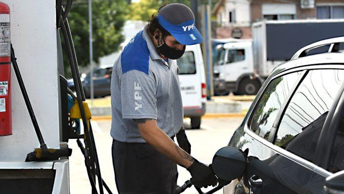 La petrolera YPF aumentó el precio de las naftas y el gasoil, con porcentajes que se ubicarán entre 6% y 7%.