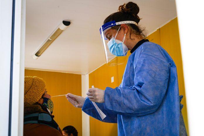 Los contagios de Covid-19 bajaron en la provincia por decimocuarta semana consecutiva